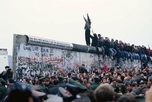 Eric Bouvet, The Fall of the Berlin Wall, 1989